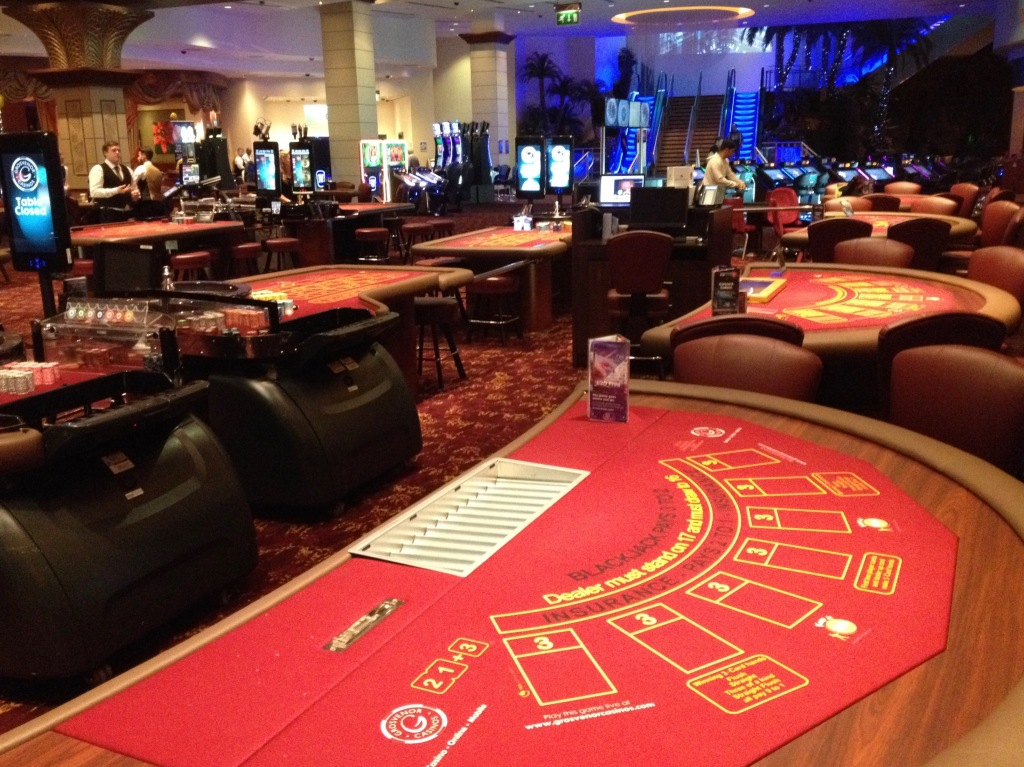 арена казино басейная